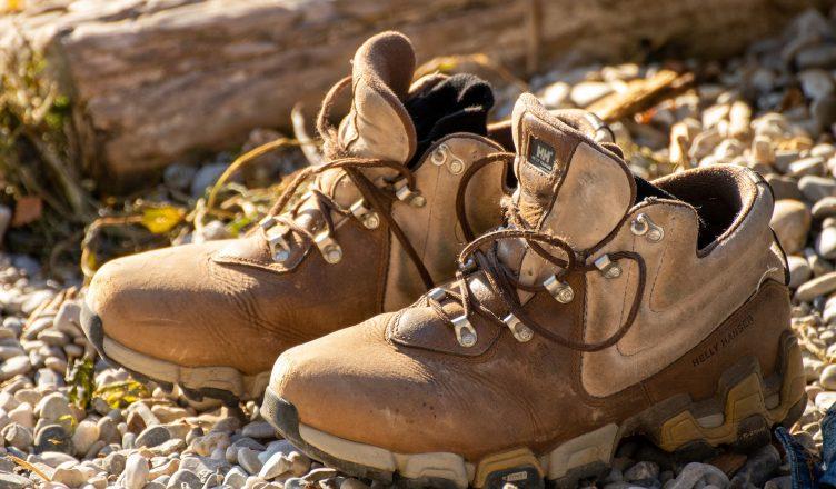 поддържане на обувки от естествена кожа